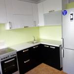 Кухня белая, угловая, МДФ, изготовлена на заказ в Томске