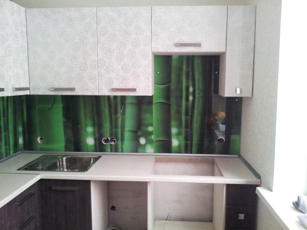 кухня угловая белая-венге