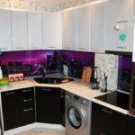 Кухня черно-белая, угловая, изготовлена на заказ в Томске, цена: 98300 р.